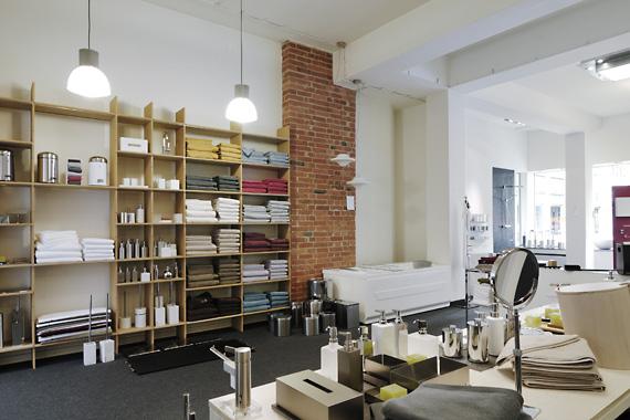 sch ner baden badkonzepte showroom der badausstellung in. Black Bedroom Furniture Sets. Home Design Ideas